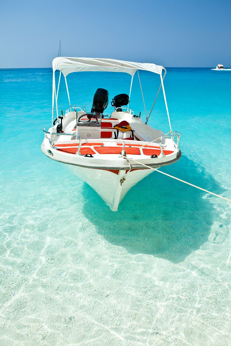 Luxury beach vacations in the florida keys for Fishing resorts in florida