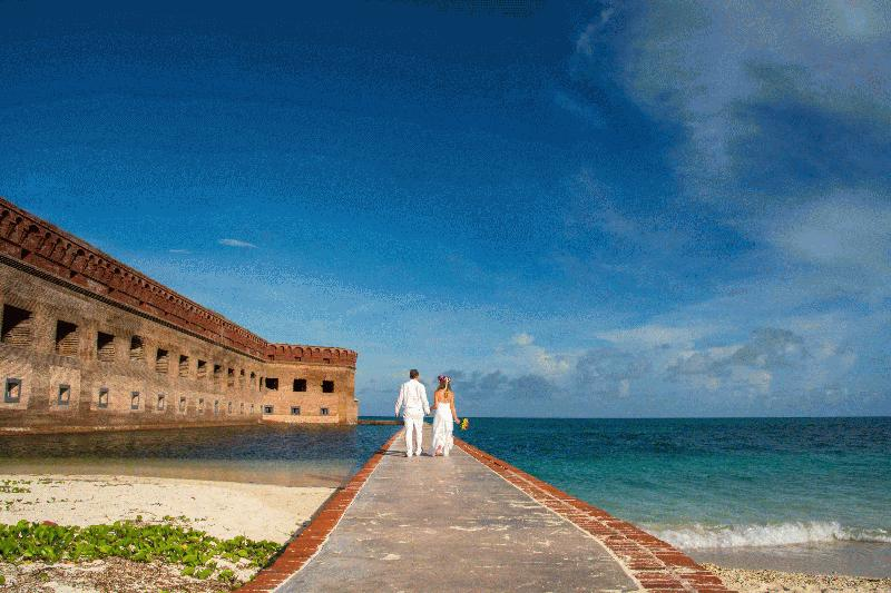 CONCH CONCIERGE WEDDINGS - KEY WEST WEDDINGS & VOW RENEWALS - Image 2