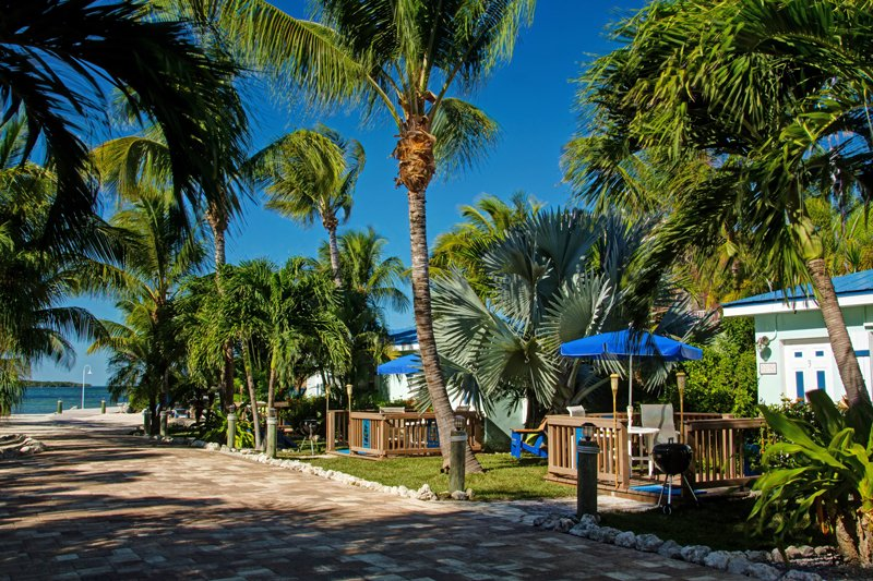 ISLAND BAY RESORT - Image 1