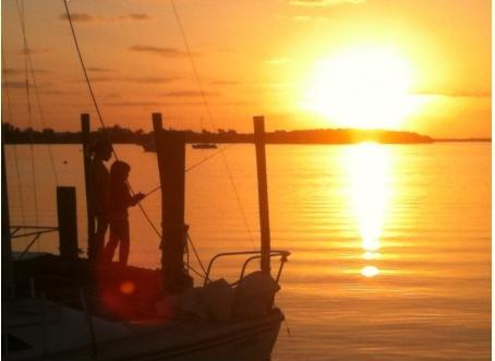 FLORIDA SAILING ADVENTURES ~ FREE 22' SAILBOAT RENTAL! - Image 4