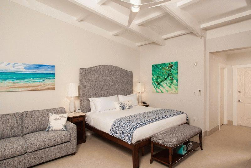 ISLANDER RESORT - Image 1