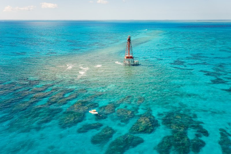 DUCK KEY CHARTERS ~ AERIAL SIGHTSEEING TOURS & FAMILY BOAT TOURS - Image 3