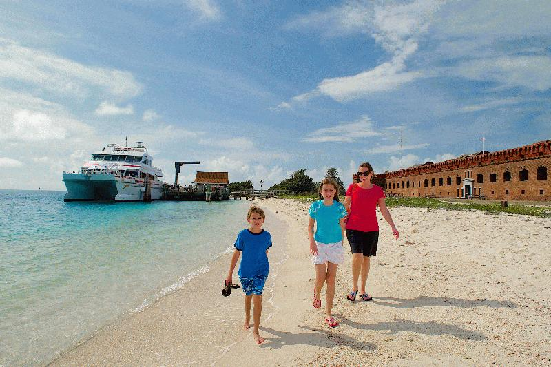 DRY TORTUGAS NATIONAL PARK AND FORT JEFFERSON FERRY - Image 4