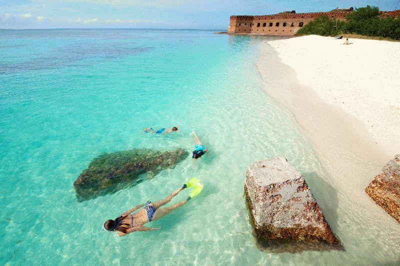 DRY TORTUGAS NATIONAL PARK AND FORT JEFFERSON FERRY - Image 2