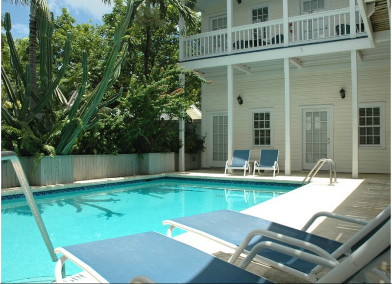 breakfast key and florida ambrosia west bed a pool