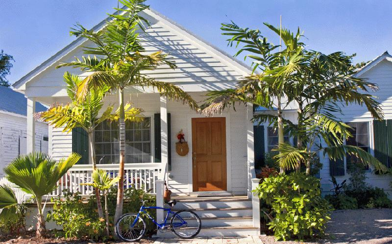 AT HOME IN KEY WEST - Image 1
