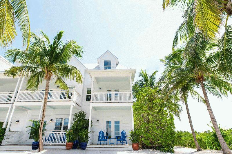 PARROT KEY HOTEL AND VILLAS - Image 4
