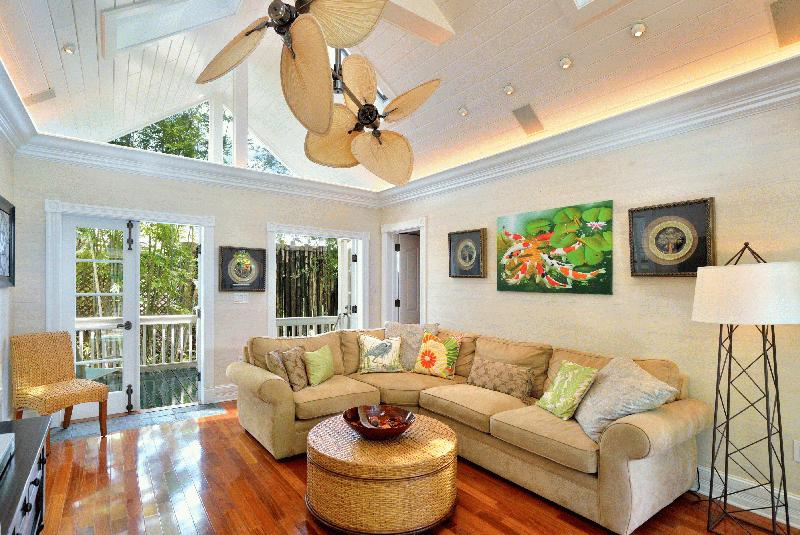 VACATION HOMES OF KEY WEST - Image 2