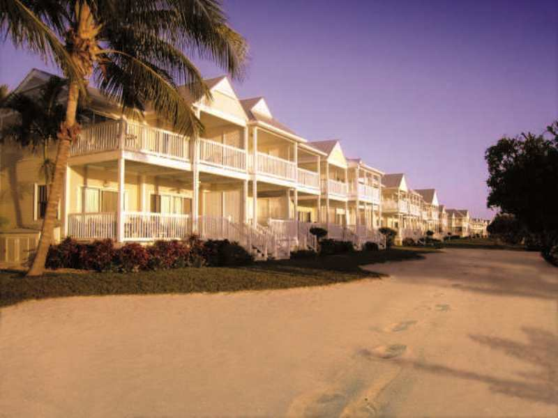 DUCK KEY VACATION RENTALS AT HAWKS CAY RESORT - Image 2