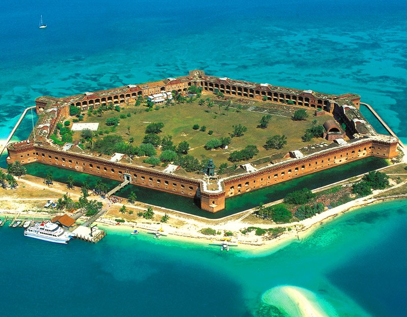 DRY TORTUGAS NATIONAL PARK AND FORT JEFFERSON FERRY