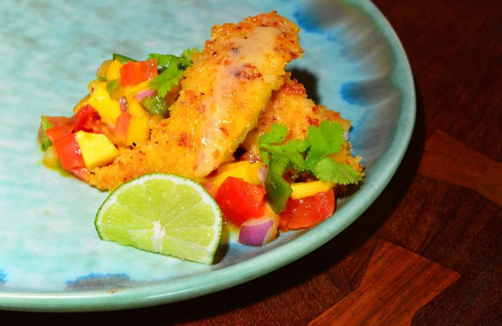 Onion-Encrusted Yellowtail with Mango Salsa
