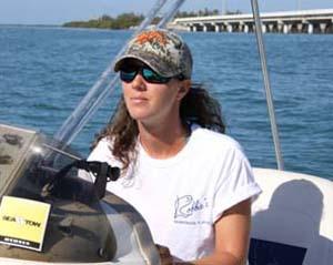 female boat captain Isalmorada
