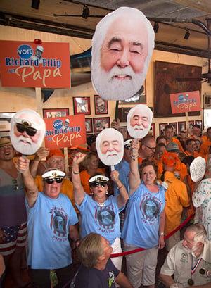 Hemingway look-alike contest supporters
