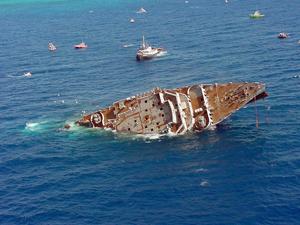 Spiegel Grove artifical reef sinking