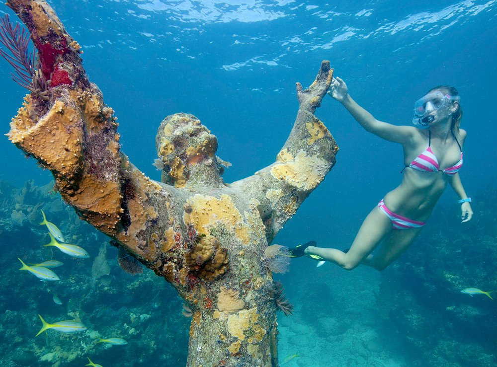 Diver at Key Largo Christ statue