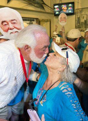 Michael Groover kisses Paula Deen Key West