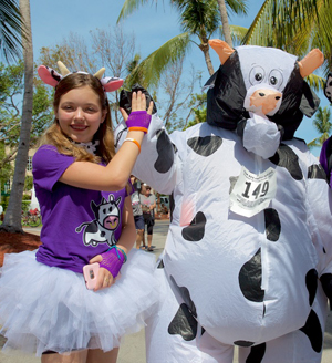 costumed entrants Cow Key Channel Bridge Run