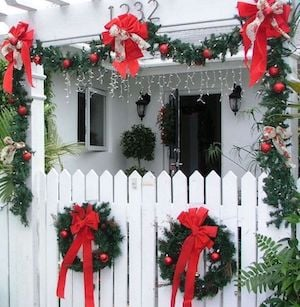 historic home Key West decorated for holidays
