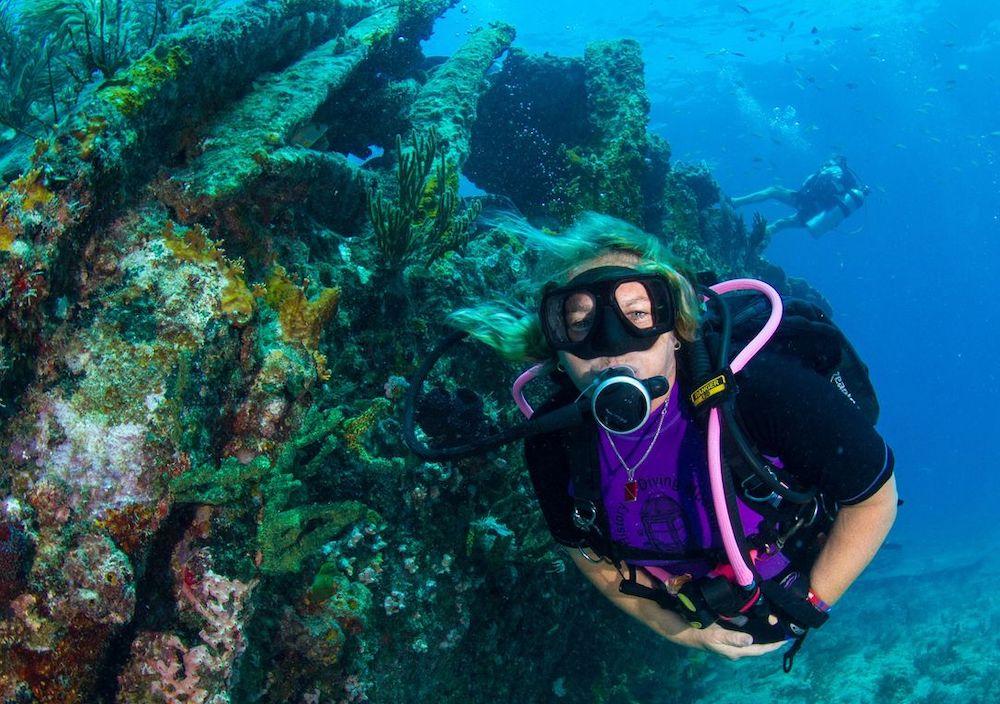 Lisa Mongelia Upper Keys diver