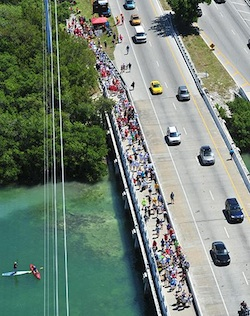 "The 2014 ""Cow Key Bridge Zero K Race"" attracted about a thousand participants who traversed the 360-foot-long bridge. Image: Rob O'Neal"