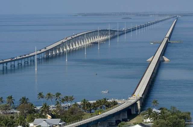 Seven Mile Bridge and the Overseas Highway_Credit Andy Newman