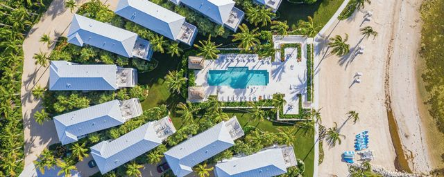 The new luxury Islands of Islamorada, with vacation rental villas and a suite hotel, is an enclave of 22 three-story waterfront villas.