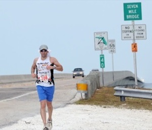 charlie alvarado completes the seven mile bridge for team houston we have a problem