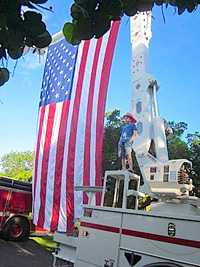 'Heroes Salute' Tribute is a Florida Keys Labor Day Weekend Tradition. Click for details.