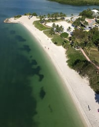 Relax, Sun and Swim at Florida Keys Beaches. Click for details.
