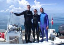 In 2004 Fabian Cousteau, grandson of Nedimyer's early inspiration, went diving with him and his daughter Kelly to film a documentary.